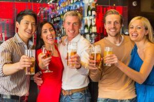   Kelowna Wine, Boat & Canyon Tours   Cheers! Okanagan
