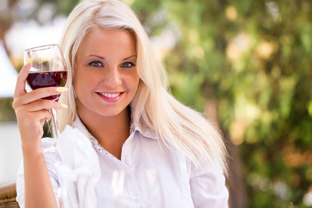 | Kelowna Wine, Boat & Canyon Tours | Cheers! Okanagan